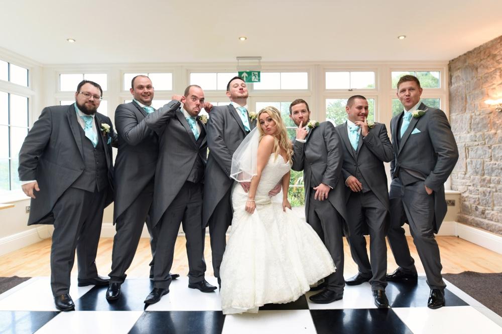 Weddingday_Flashbulb160.jpg