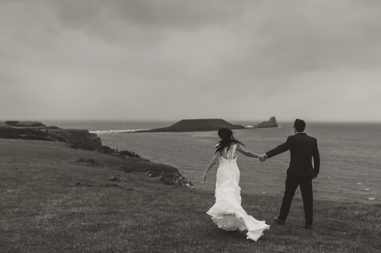 BW-rhossili-wedding-photos-swansea- (41 of 30).jpg