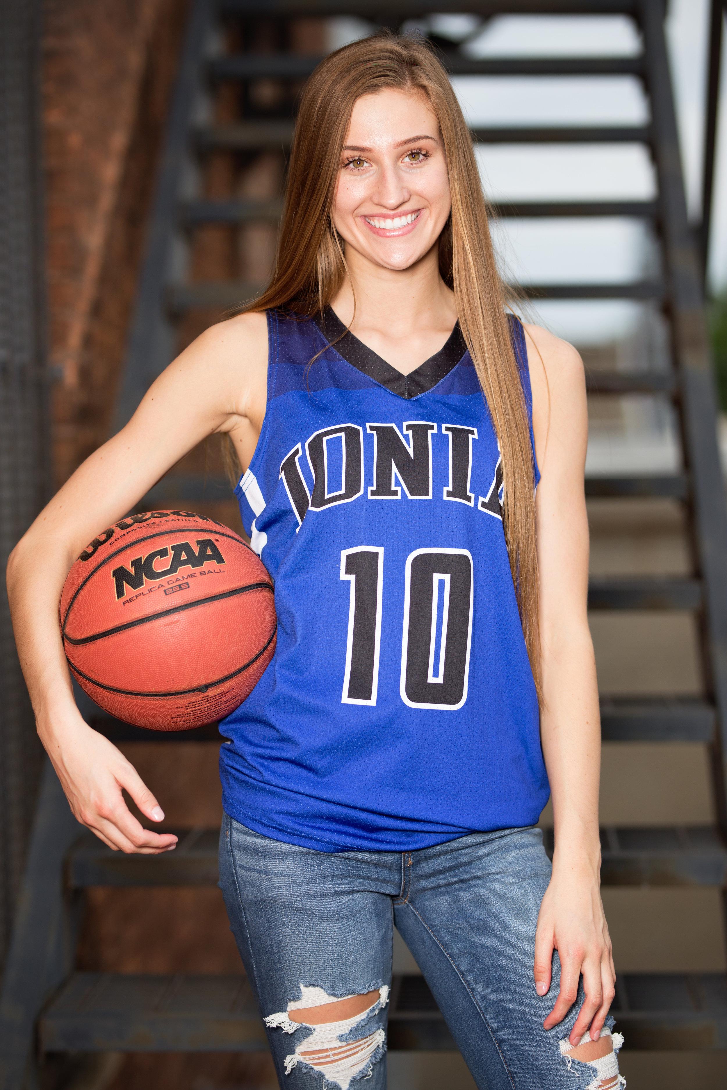 basketball girl senior picture
