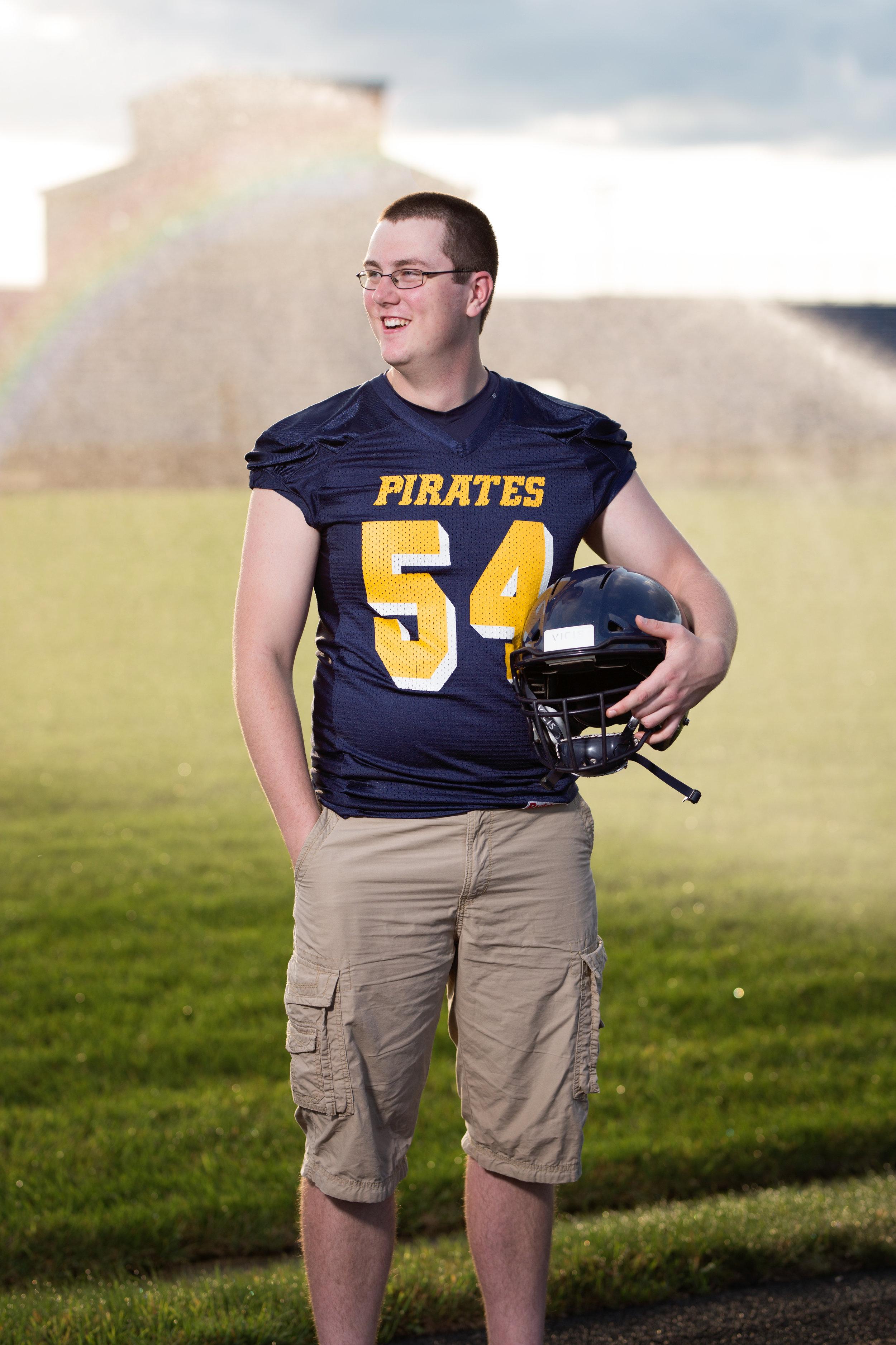 senior football picture