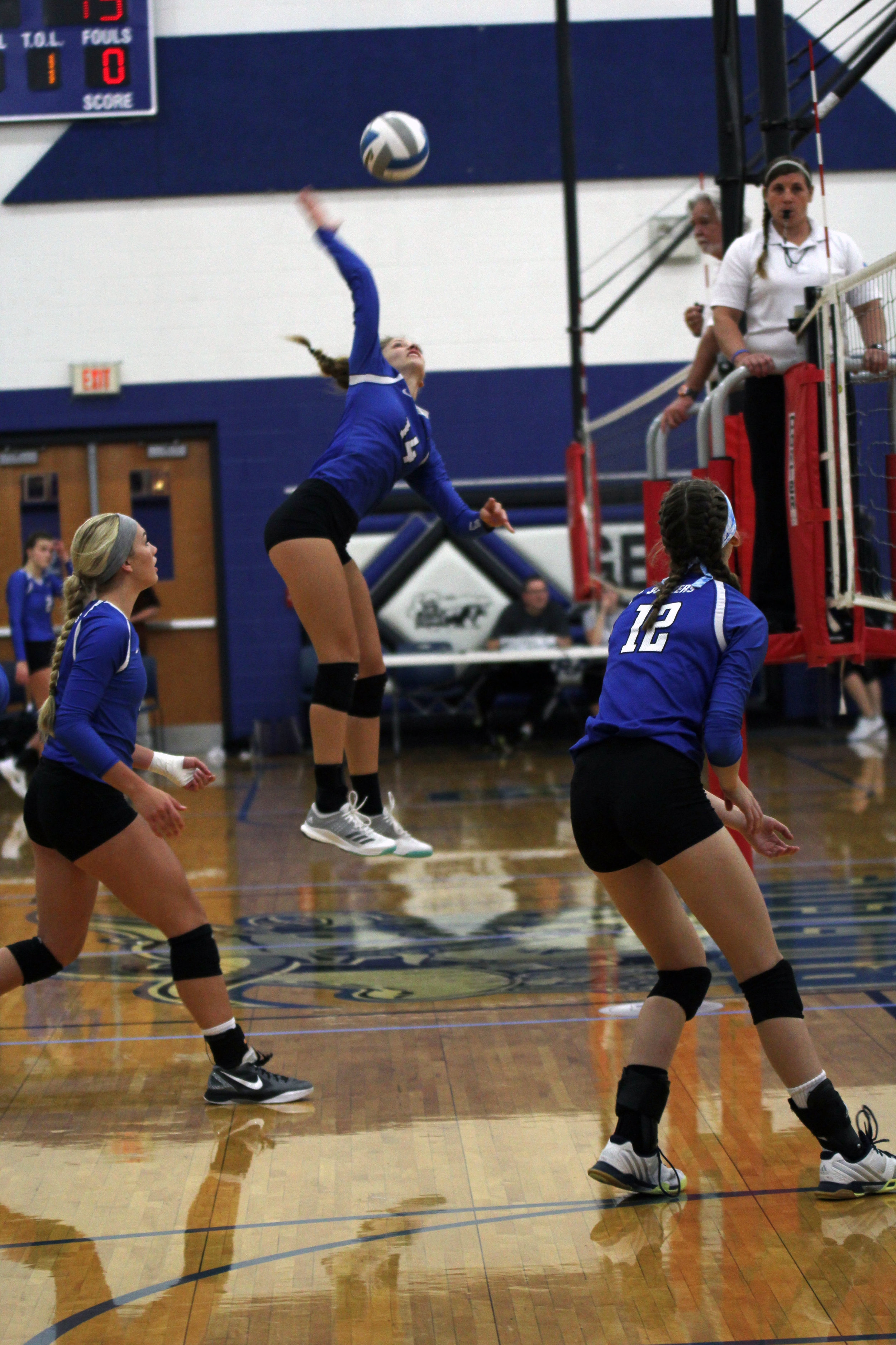 volleyball_20170919jaquicarey_0058 page.jpg