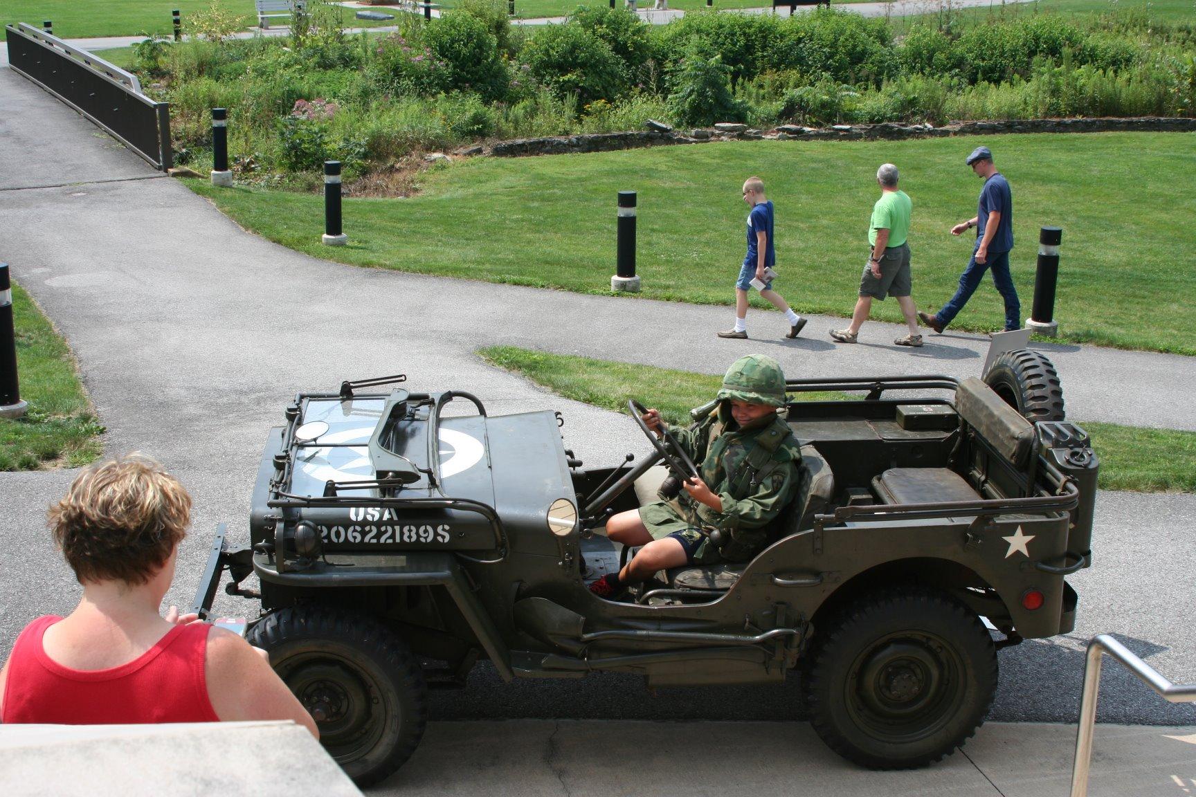 Kids Day Jeep 4.jpg