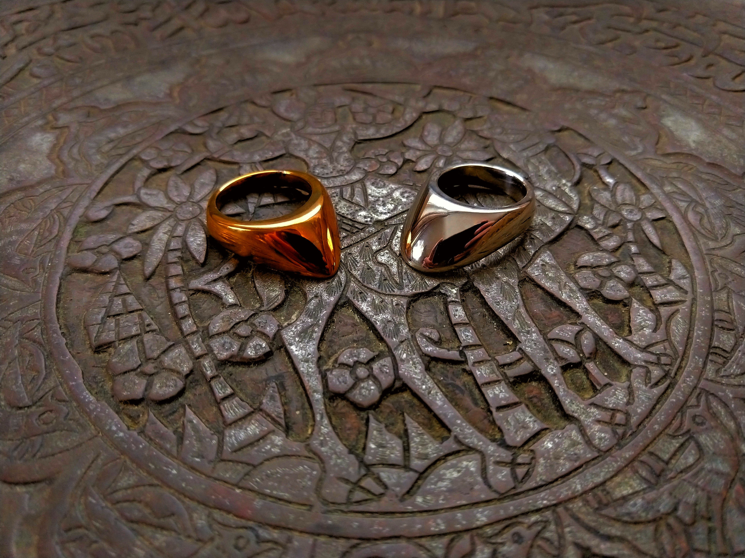Our  Turkish  ring in sterling silver and our  Byzantine  ring in bronze.