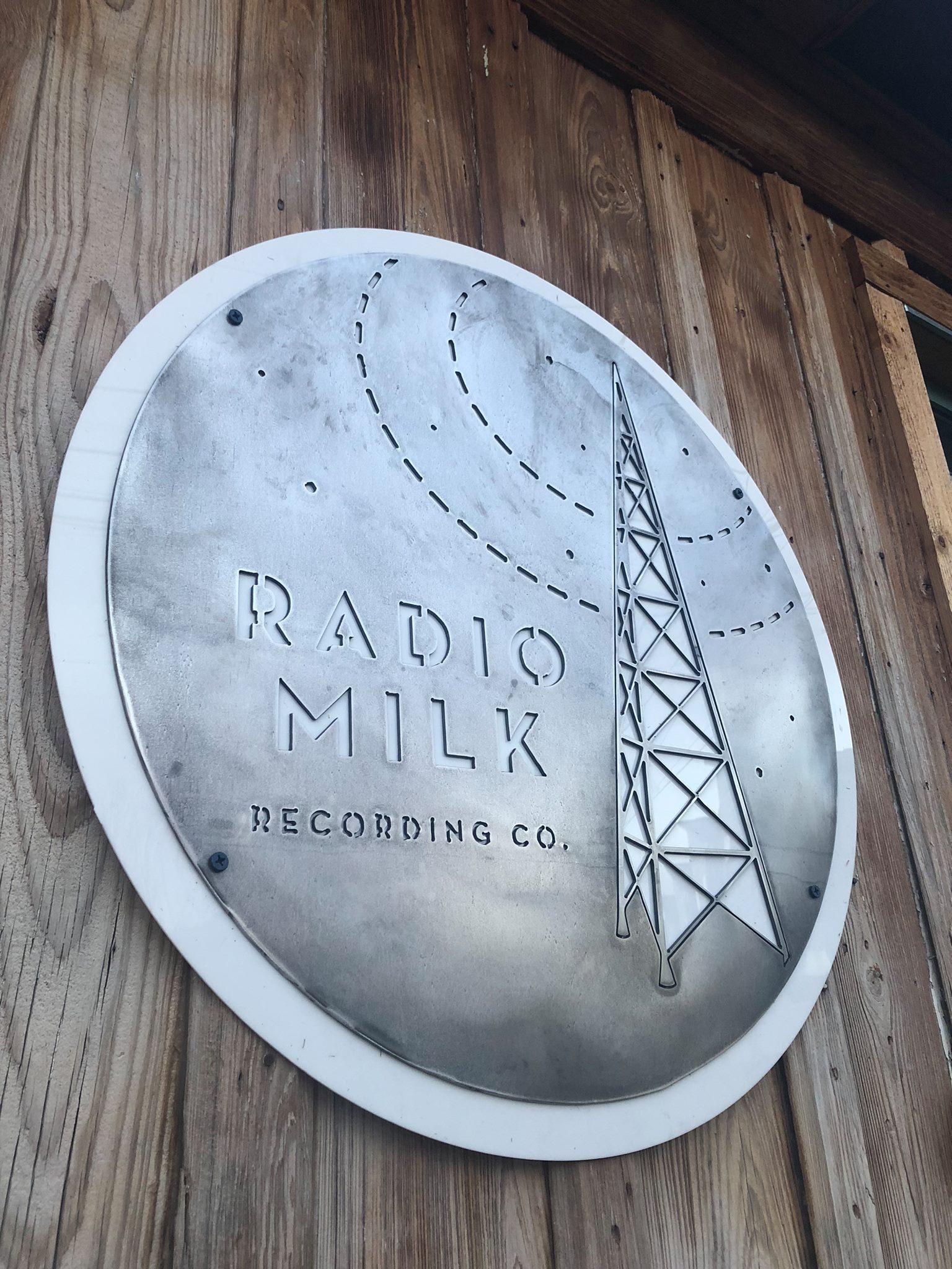 radiomilkoutside.jpg