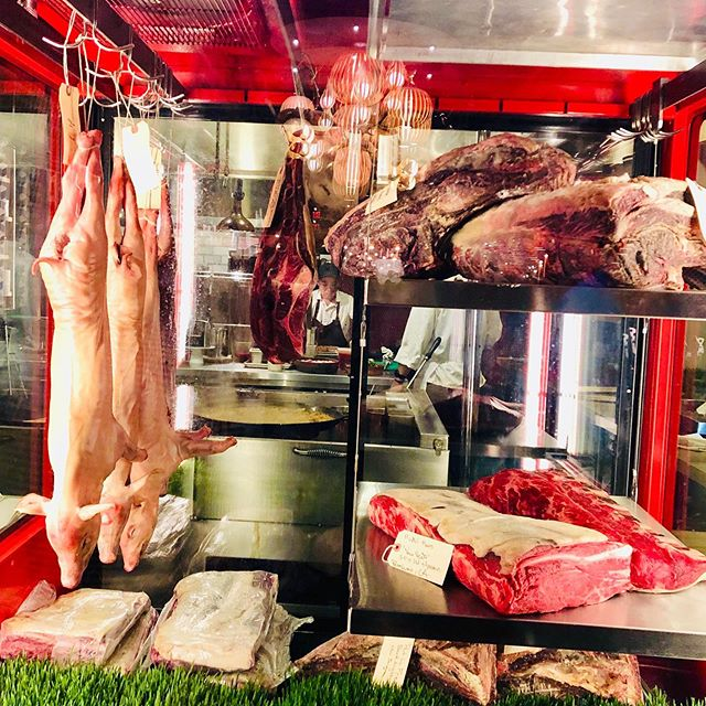 8yo working Holstein Cow at Leña Hudson Yard was memorable. Seasoned with salt, oak and fire. Flavorful. Chewy. Here it is in meat case next to 29days pig...