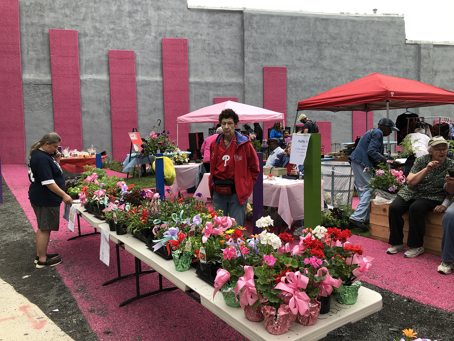 FrankfordPause_MothersDay_PlantSale.jpg