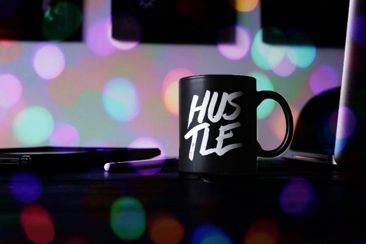 hustle mug.jpg