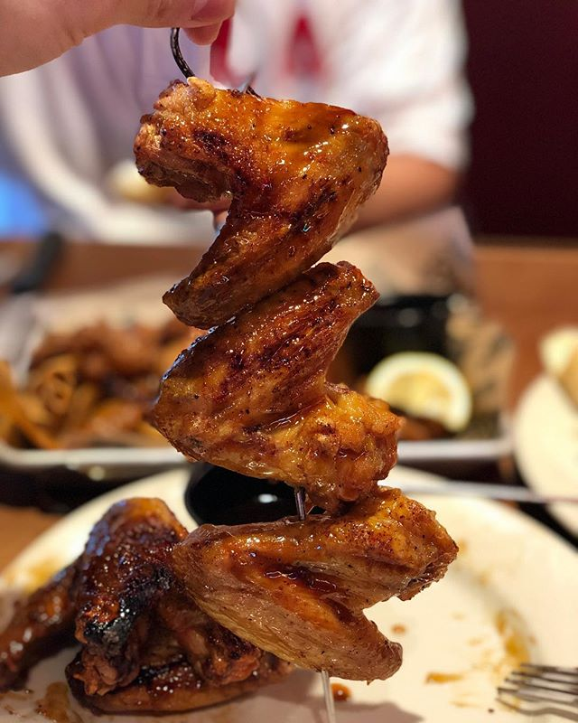 Logan's Roadhouse 📍2740 John Hawkins Pkwy. Hoover, AL  Ordered some BBQ Wings at Logan's Roadhouse! It's just as good as the photo! For some reason, I've been craving wings a lot lately. Took my father out to eat and satisfied my wing-cravings. Have you ever ordered wings at Logan's?