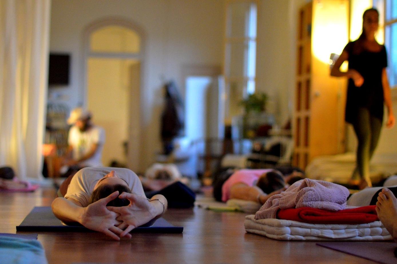 Clases de Yoga y Pilates en grupo
