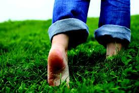 walking-barefoot.jpg