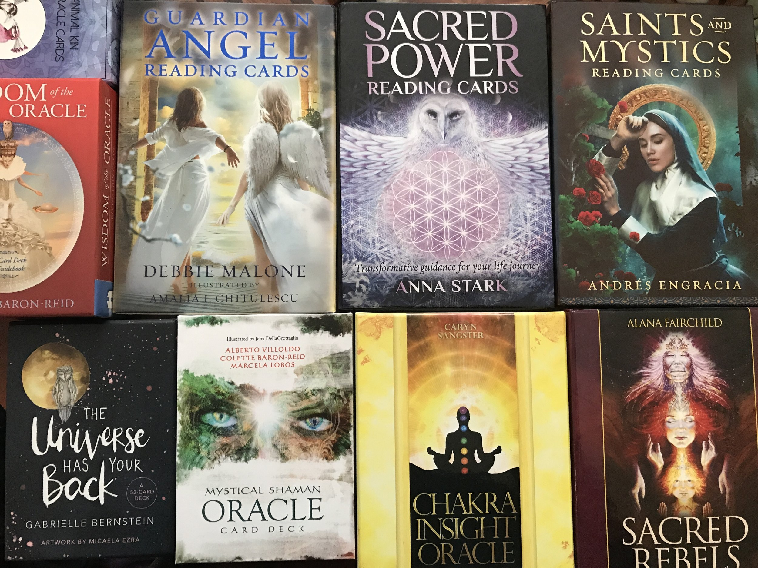 (A few oracle decks from my collection   )