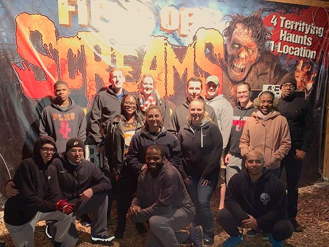 Epic night at Field of Screams with my CrossFit fam! I've been trying to get to this haunt for the last 15 years or so and I finally made it! Definitely worth the wait - and yes, I laughed, ran, and screamed until my little Halloween heart was content. 3 spooky trails and axe throwing in the books for #halloween19 What creepy things are you guys doing for the holiday? #fieldofscreams #hauntedhouse #hauntedtrail