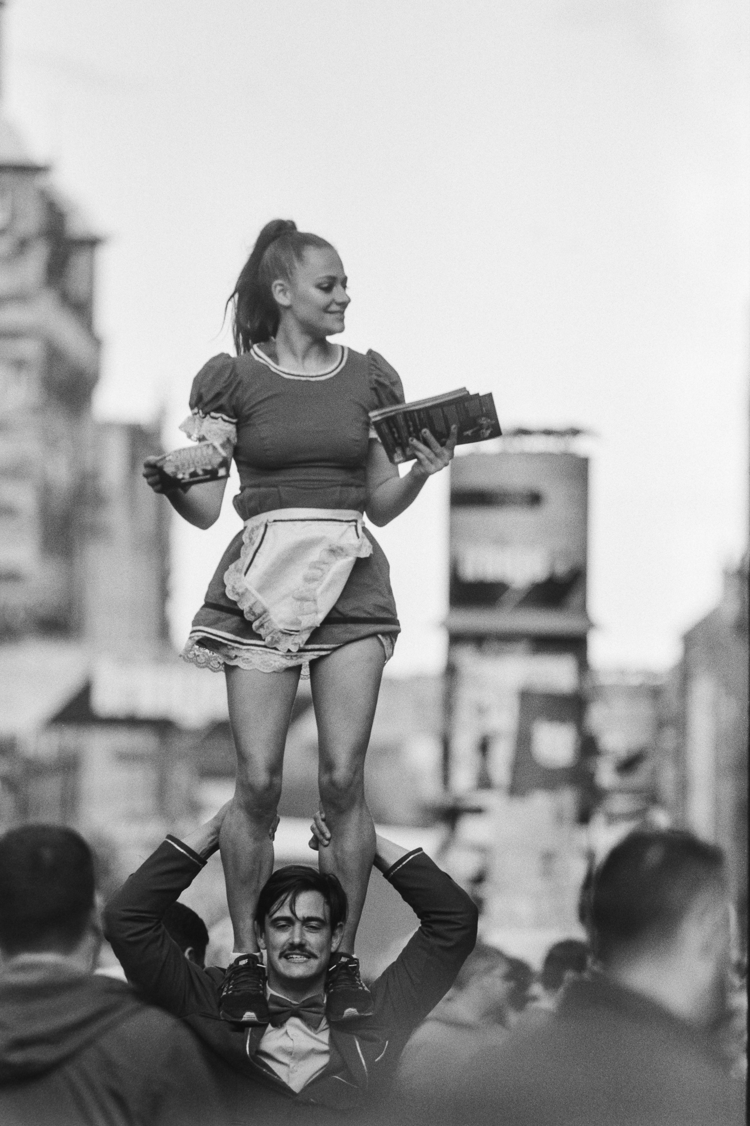 It's difficult enough to make it through the crowds on the Mile without having to carry a whole other person on your shoulders.