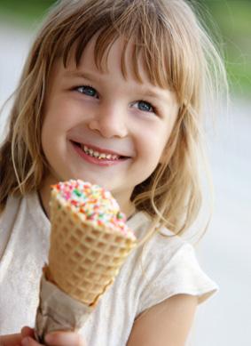 little-girl-with-ice-cream-cone_xkoeqs.jpeg