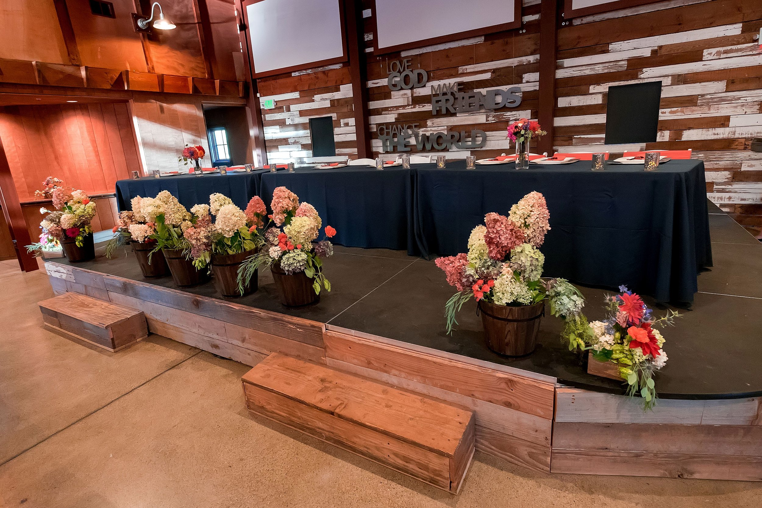 Reception head table.jpg