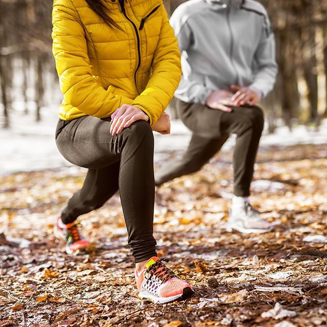 BABY it's cold outside, but that's still no excuse not to get out there! We train clients al fresco all year round and the results are better energy, more invigorated and that all important dose of vitamin D (when it's not pitch black 😉😉). So grab your long johns and go workout! 🏃‍♂️ 🏃🏼‍♀️ - - - - - #p4body #workout #personaltrainer #personaltraining #online #coach #onlinepersonaltrainer #london #uk #worldwide #elitetraining #fitness #outsidetraining #outdoorworkout #park #hill #energy #fitness #health #wellbeing #toptrainer