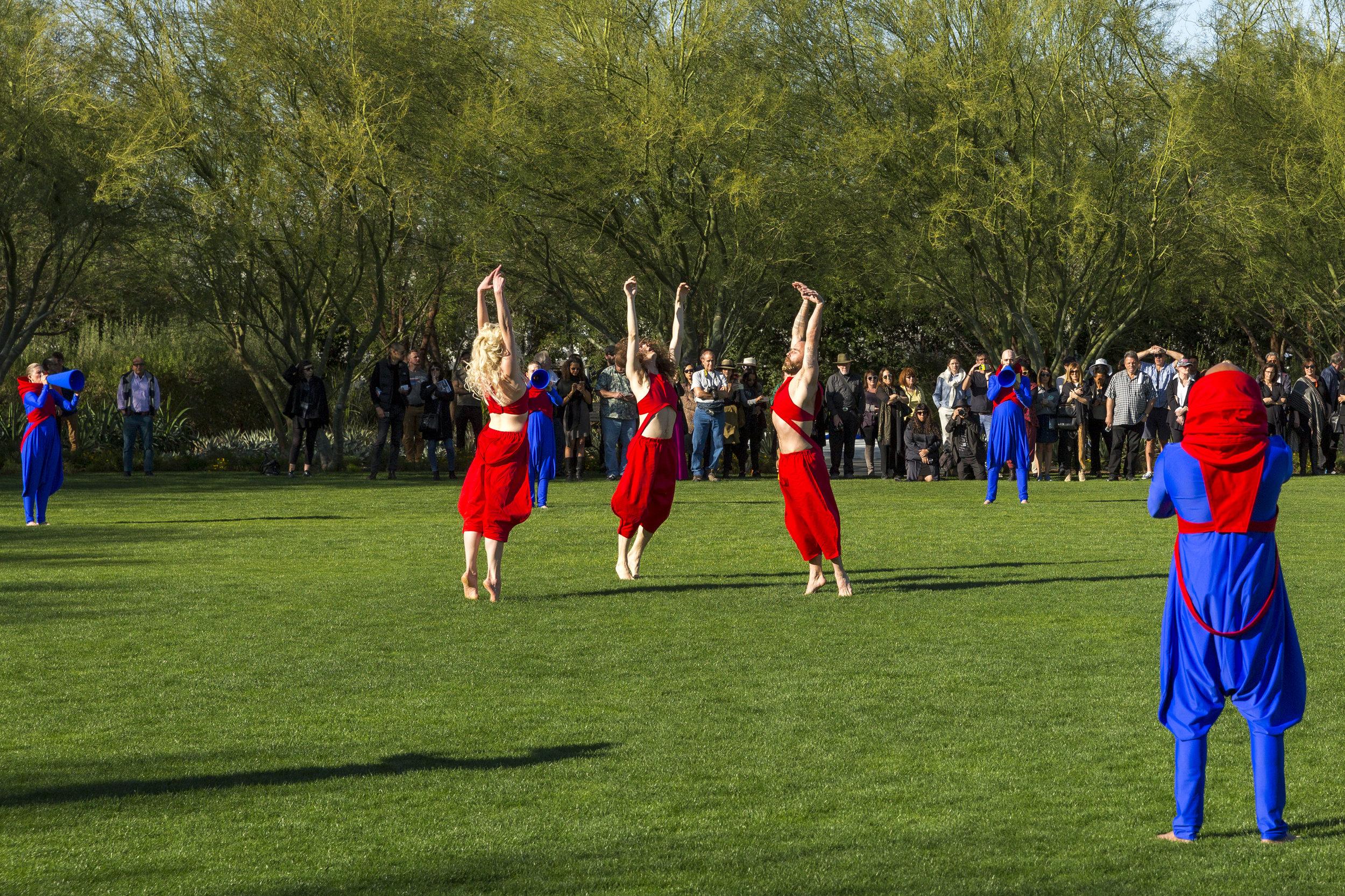 Lita Albuquerque Perform 3b Lance Gerber - 2750px.jpg