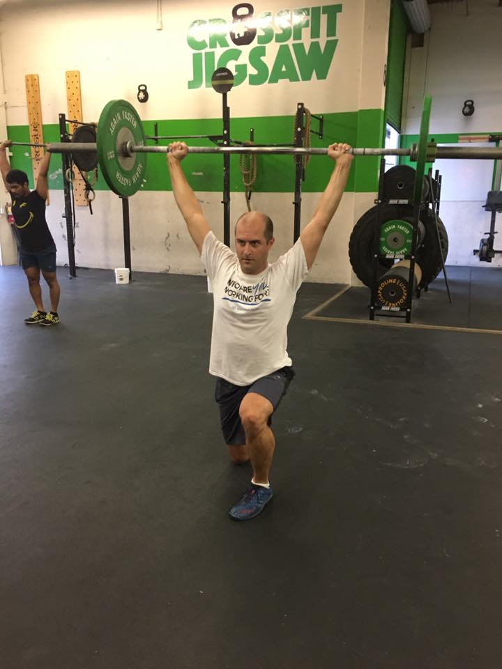 John in a good overhead position for overhead lunges.