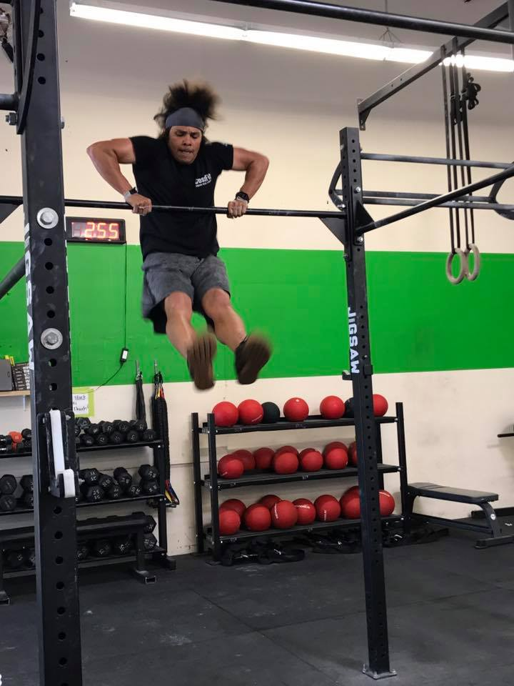 Nick with the Hairflip to perfection during a Bar Muscle Up