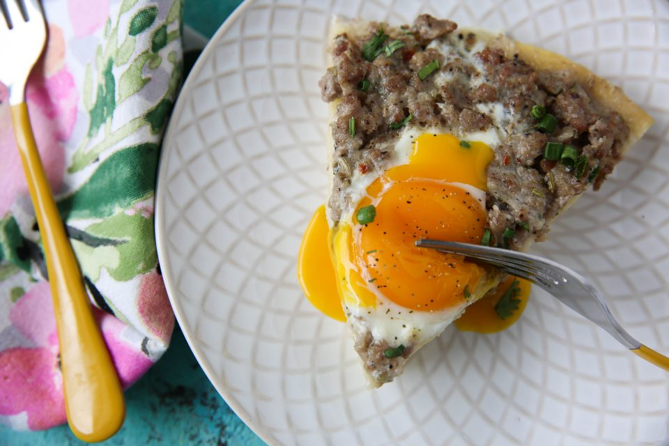 Recipe of the week - Biscuits and Gravy Breakfast Pizza