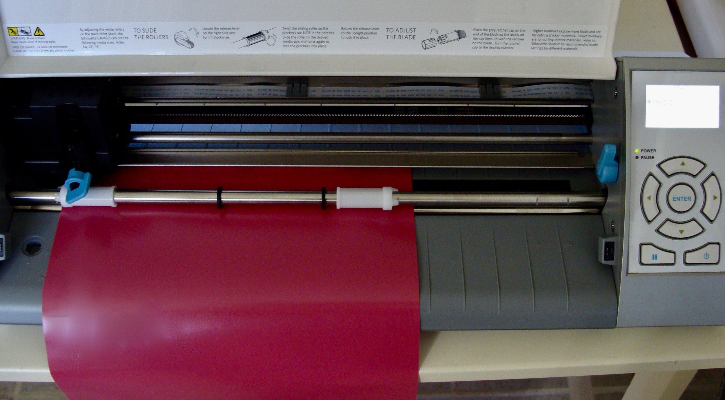 Preparing to cut heat transfer vinyl on Silhouette