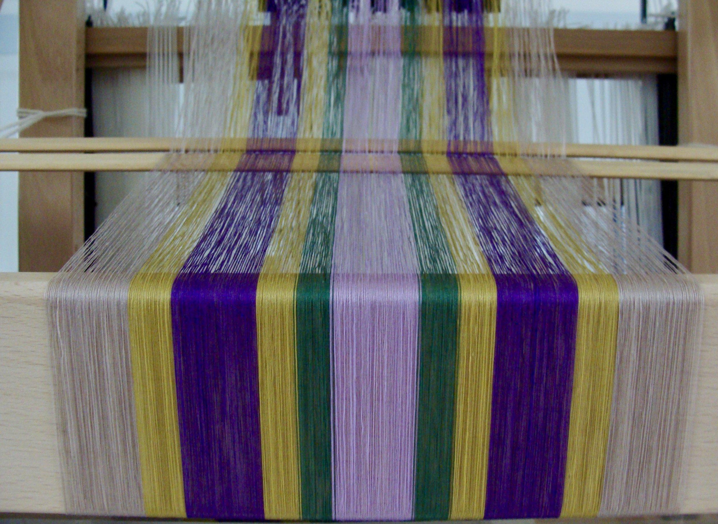 threading for twill flowers scarf on loom