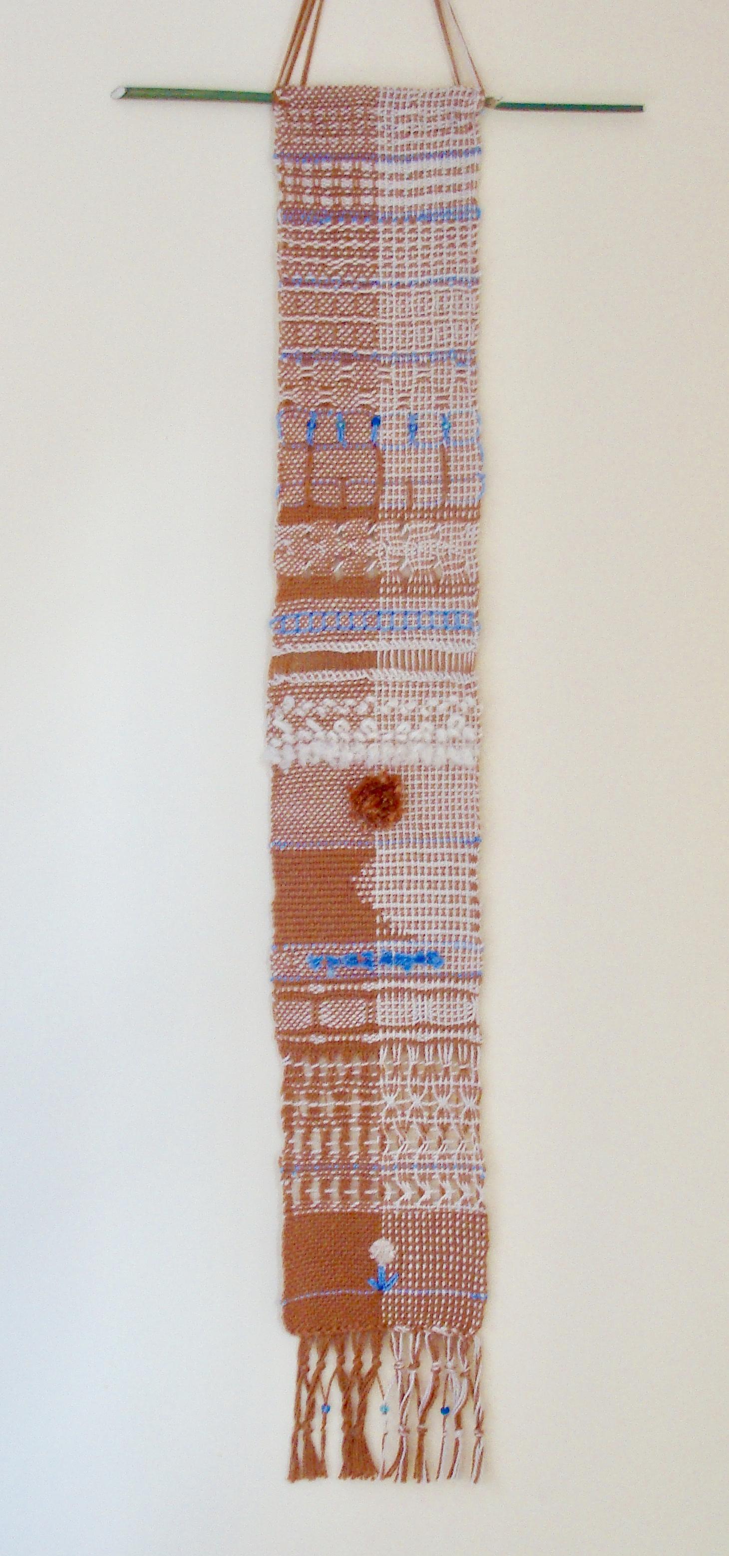 finger controlled weaving sampler