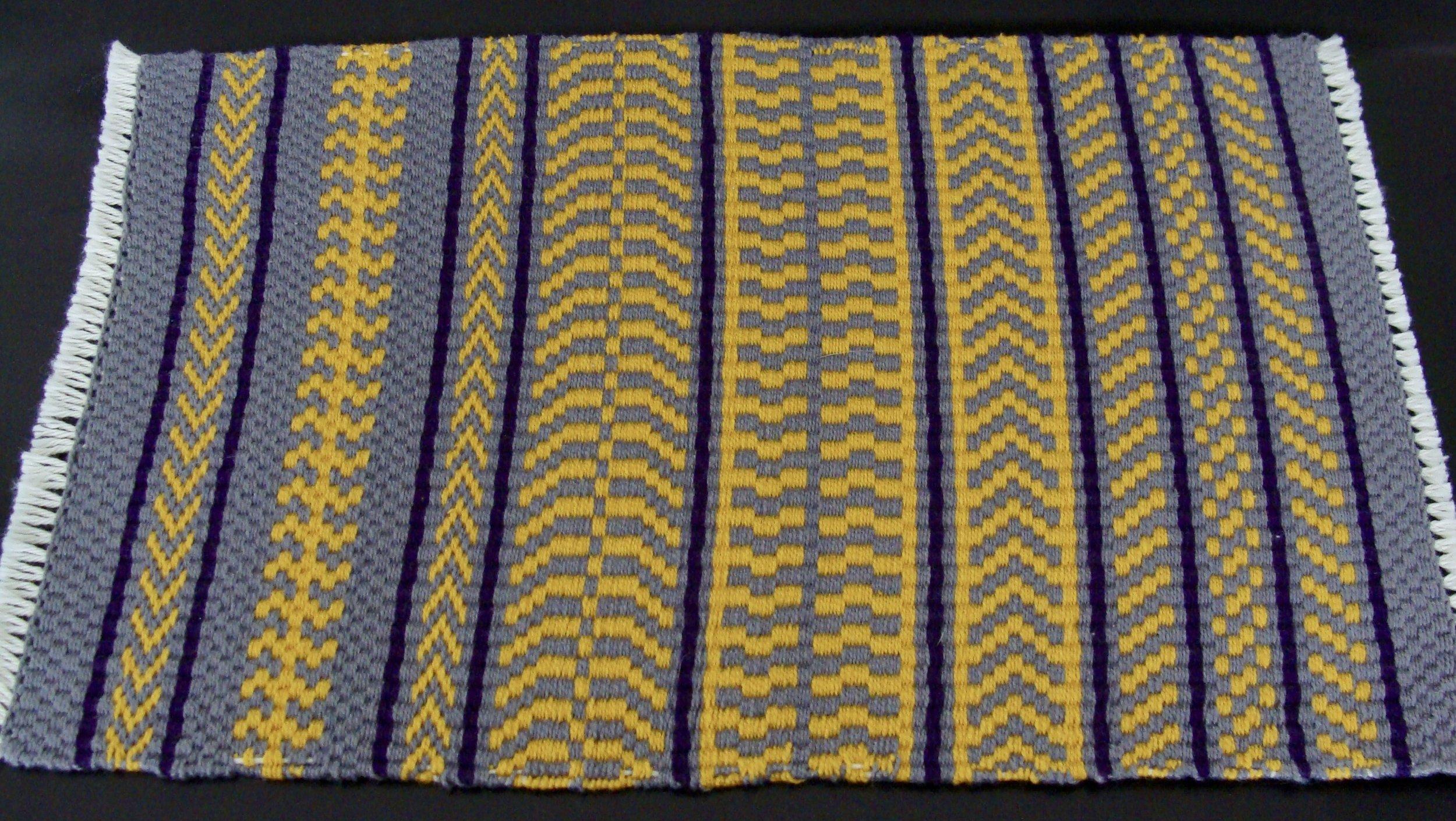Pattern Weave Sampler IV Twill 2/2 on Opposites