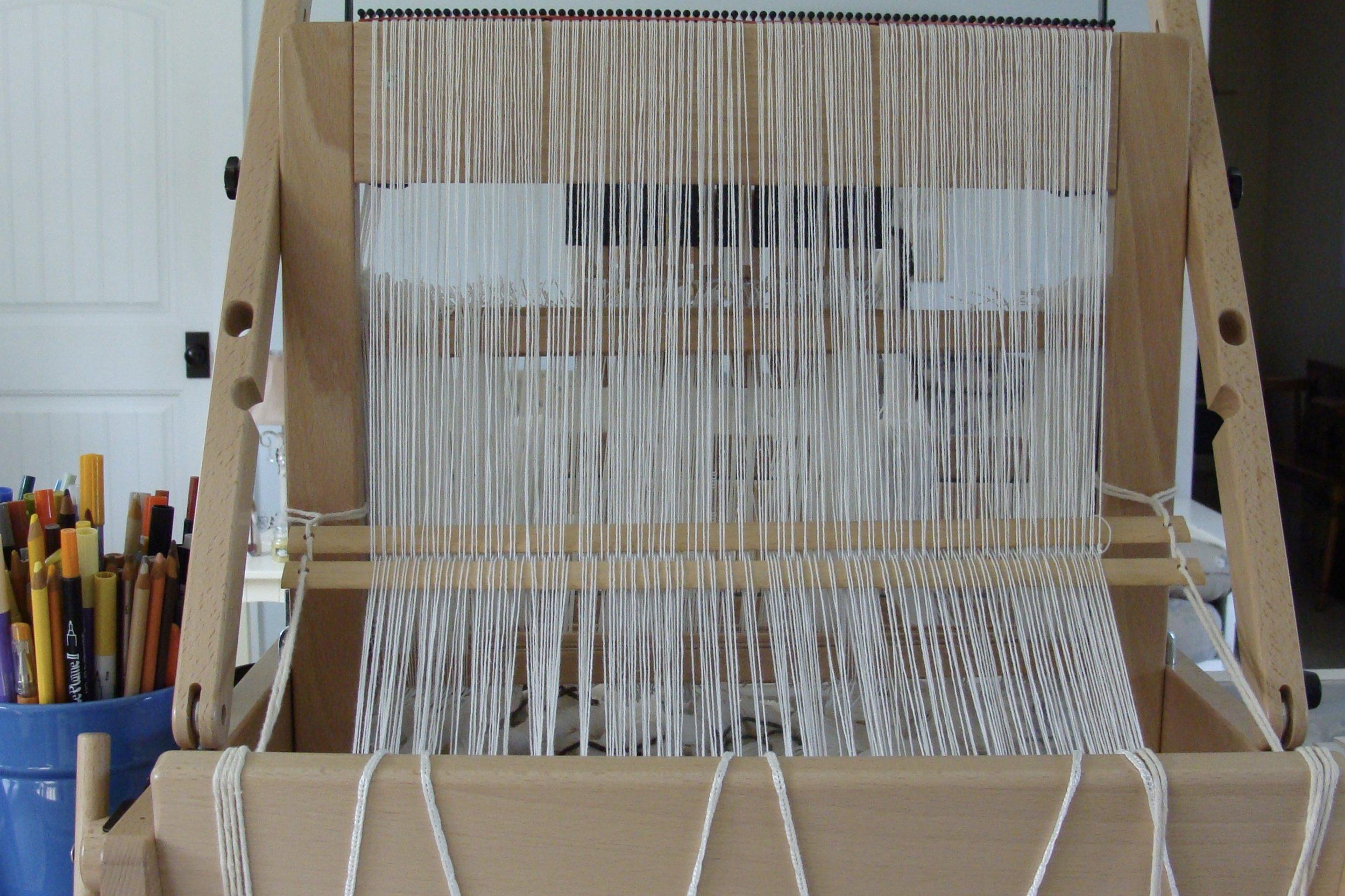 spacing warp using raddle on Jane loom