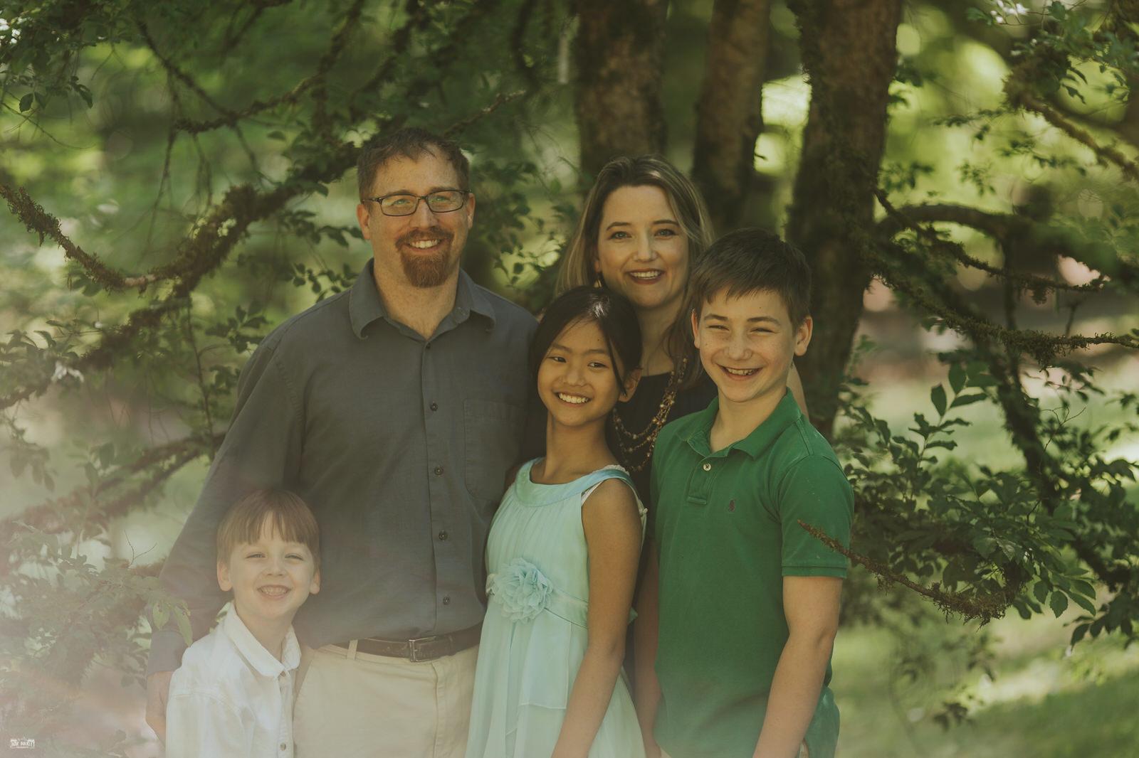 family-photos-at-the-washington-arboretum-seattle-family-photography