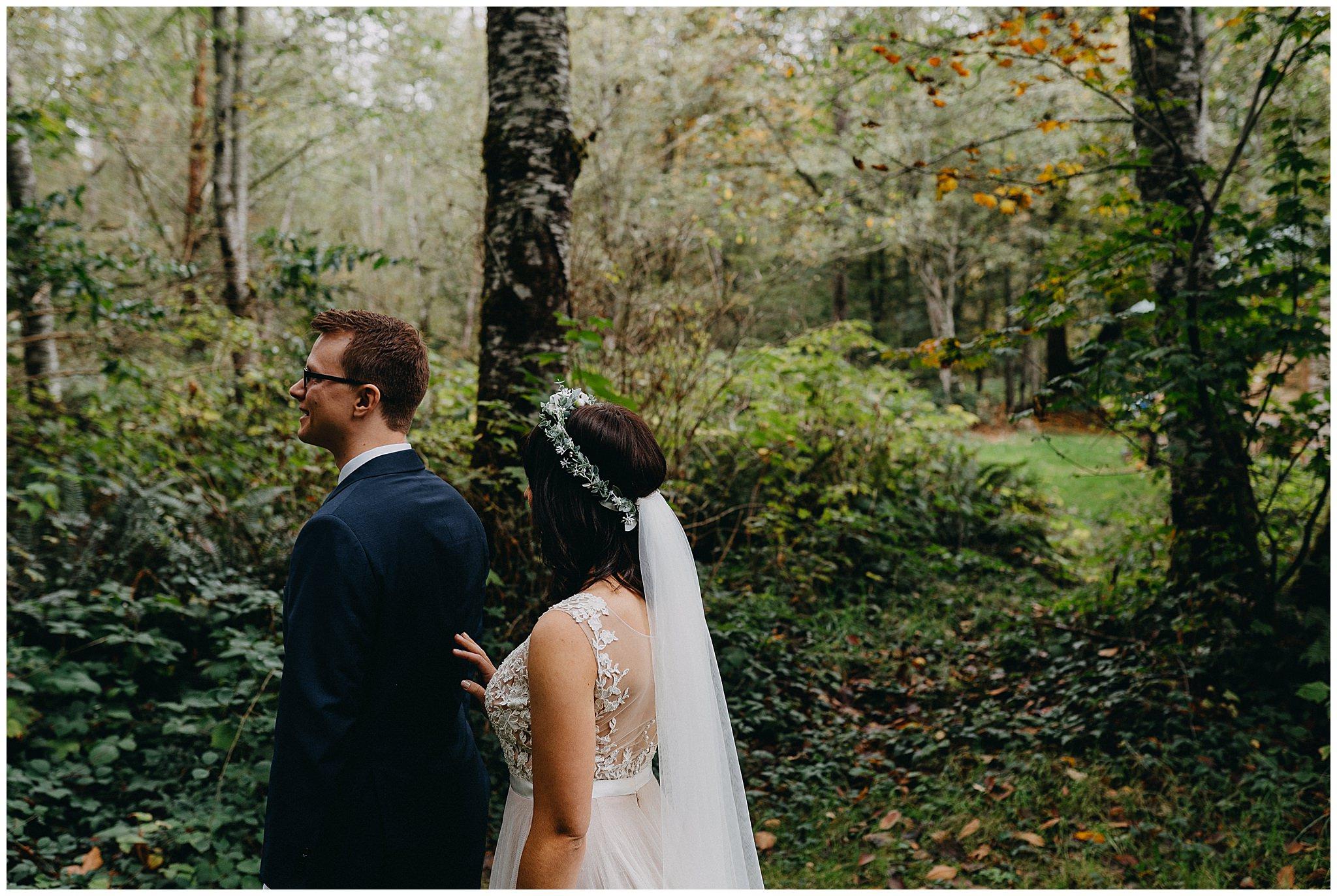 wallace-falls-lodge-wedding-evan-kelsey17.jpg