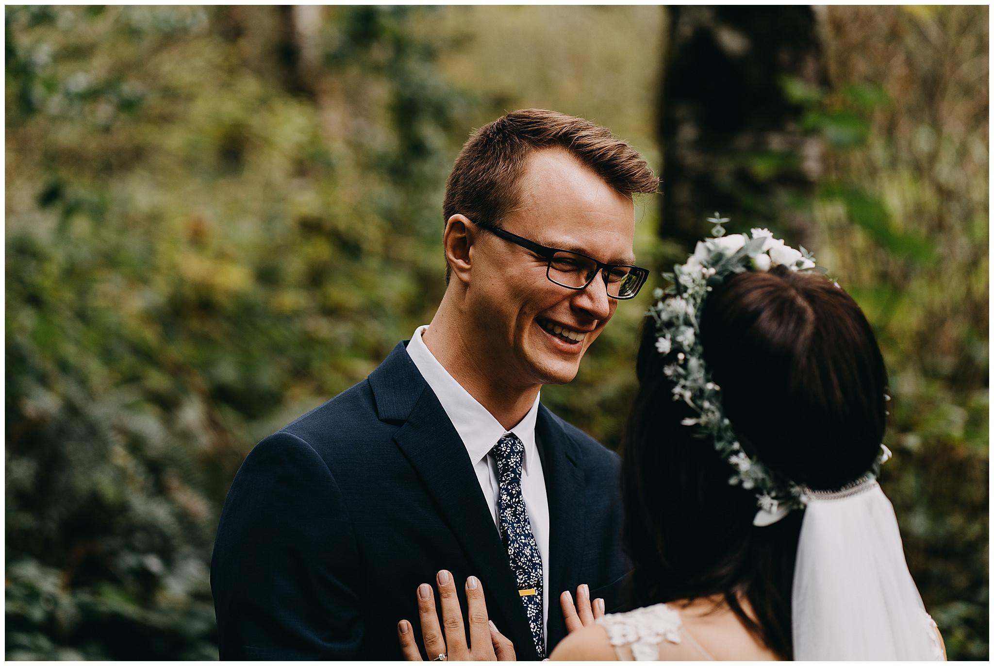 wallace-falls-lodge-wedding-evan-kelsey22.jpg