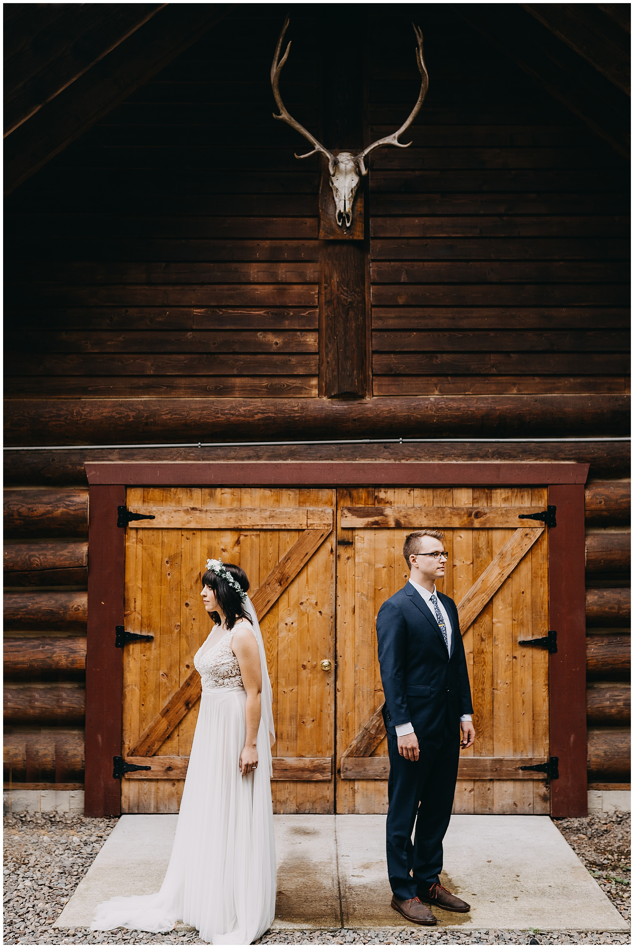 wallace-falls-lodge-wedding-evan-kelsey36.jpg
