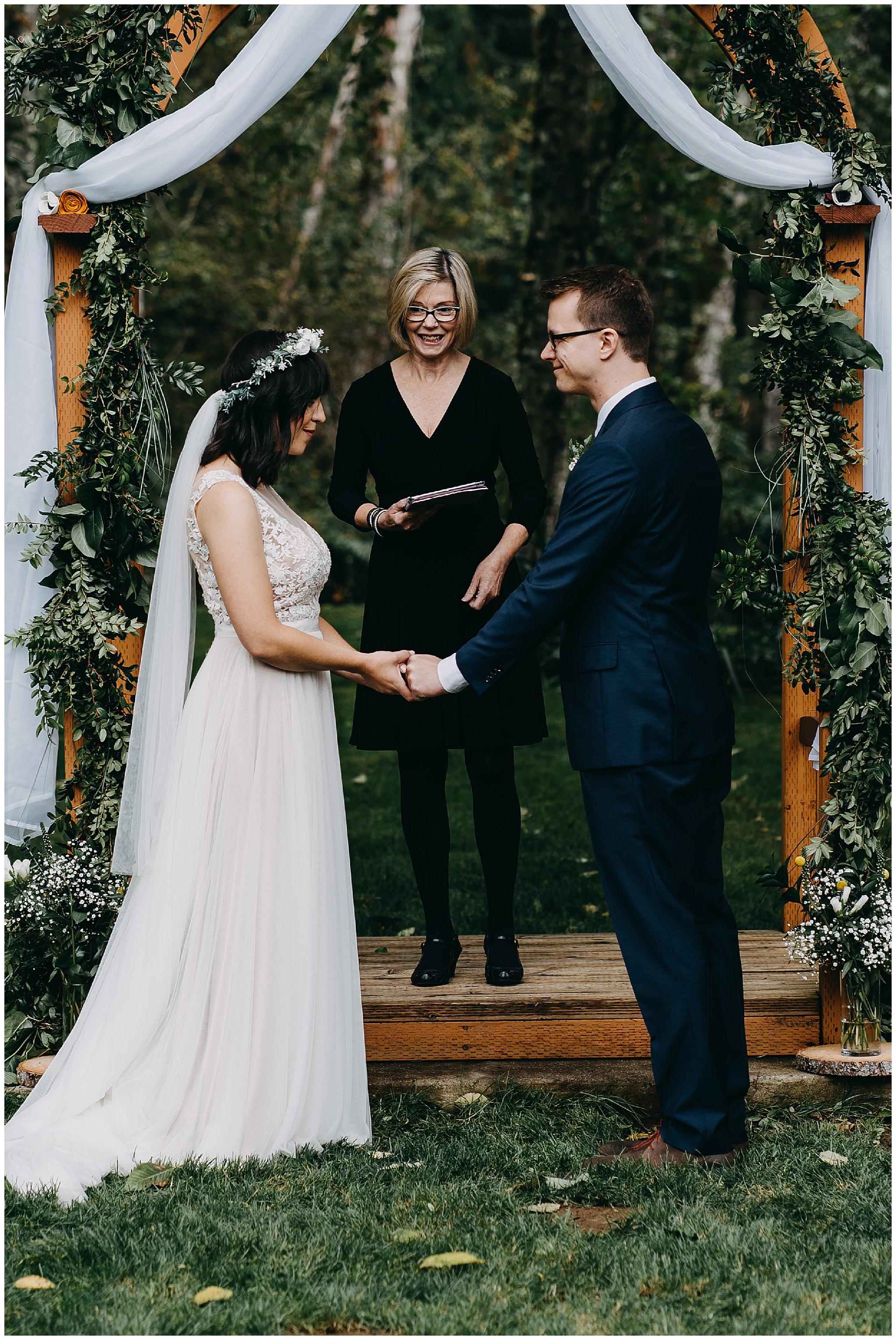 wallace-falls-lodge-wedding-evan-kelsey71.jpg