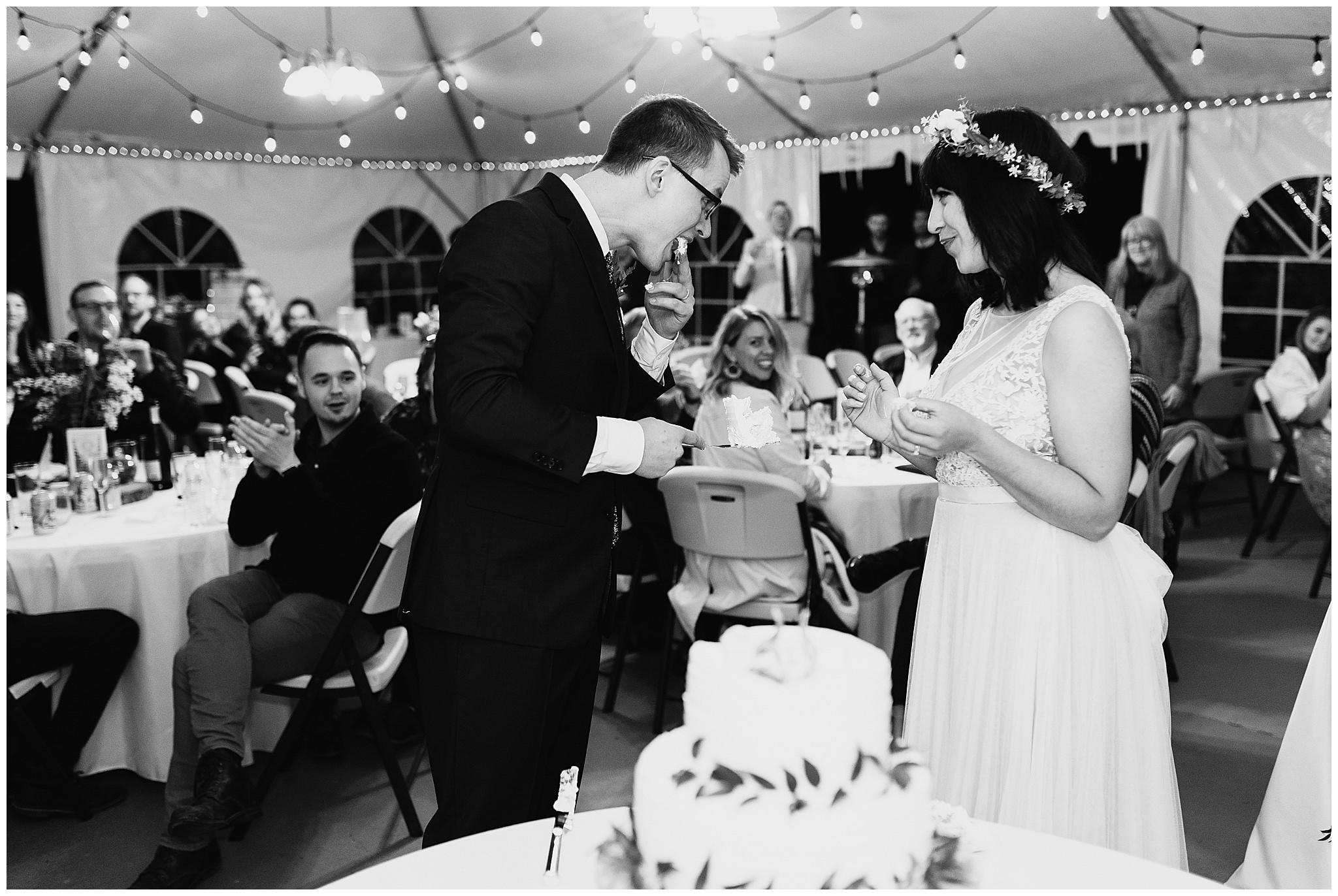 wallace-falls-lodge-wedding-evan-kelsey100.jpg