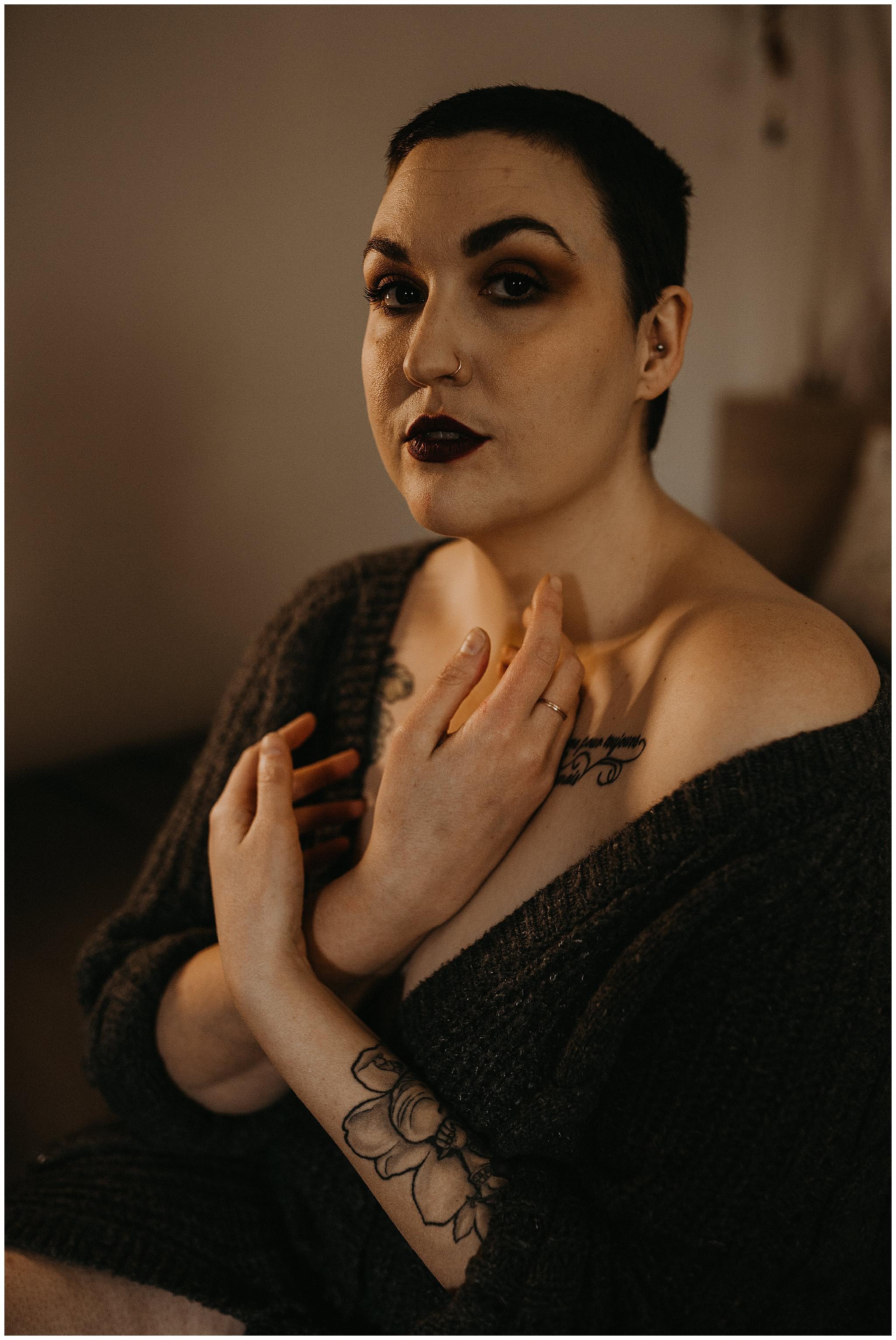 seatac-in-home-boudoir-portraits-kendall-fat-babe-boudoir24.jpg