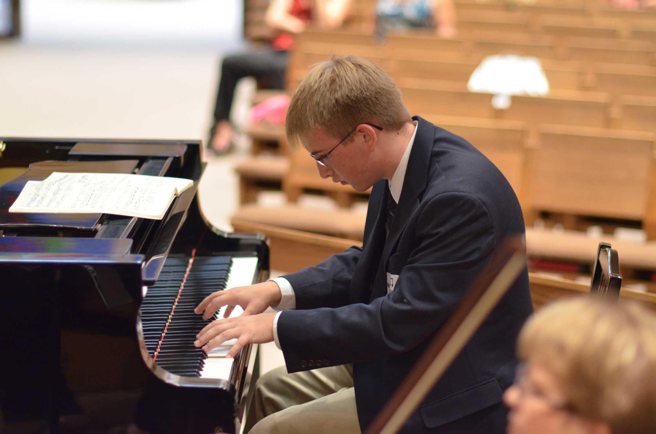 Aidan-at-Concerto-Event.jpg
