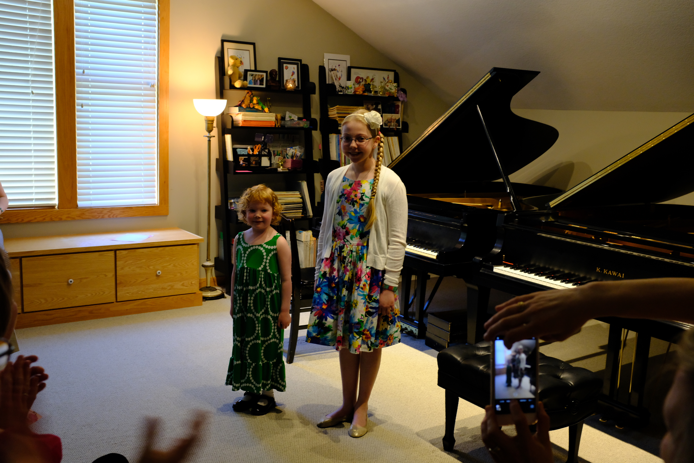 Úna and Mary Share a Recital