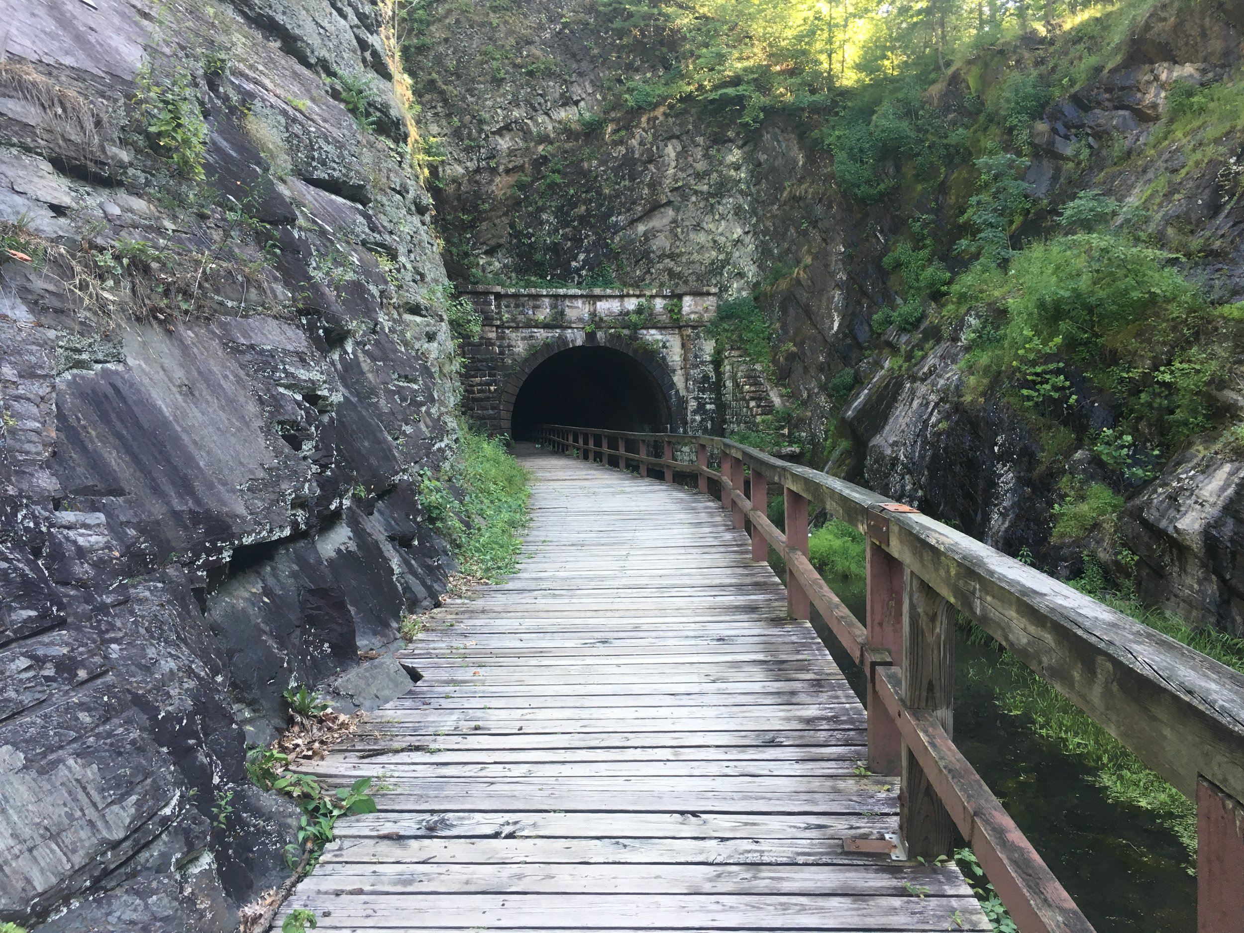 Entrance to the Paw Paw Tunnel