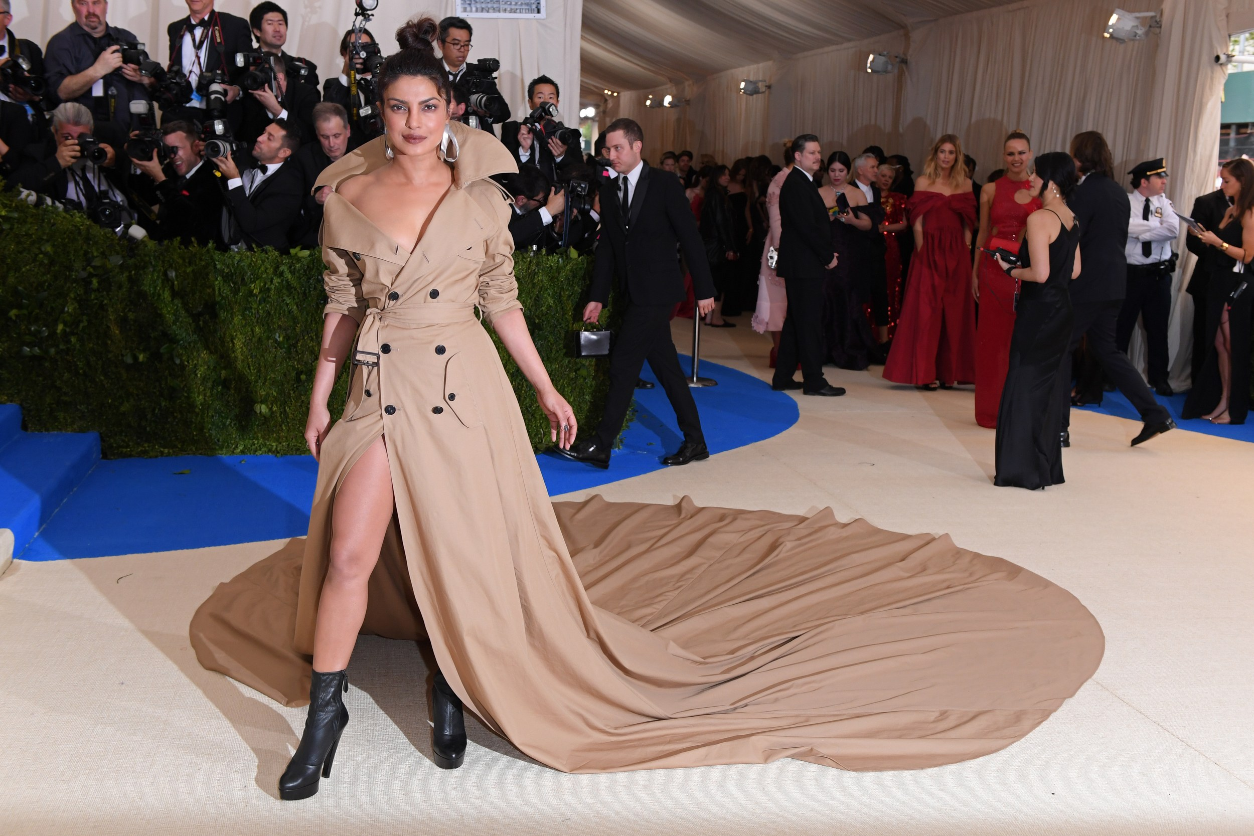 Priyanka Chopra in Ralph Lauren (Love this!)