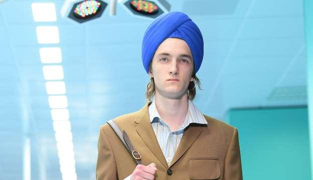 https://www.msn.com/en-us/lifestyle/lifestyle-buzz/not-a-cute-fashion-accessory-guccis-dollar800-indy-full-turban-draws-backlash/ar-AABrzah?ocid=spartanntp