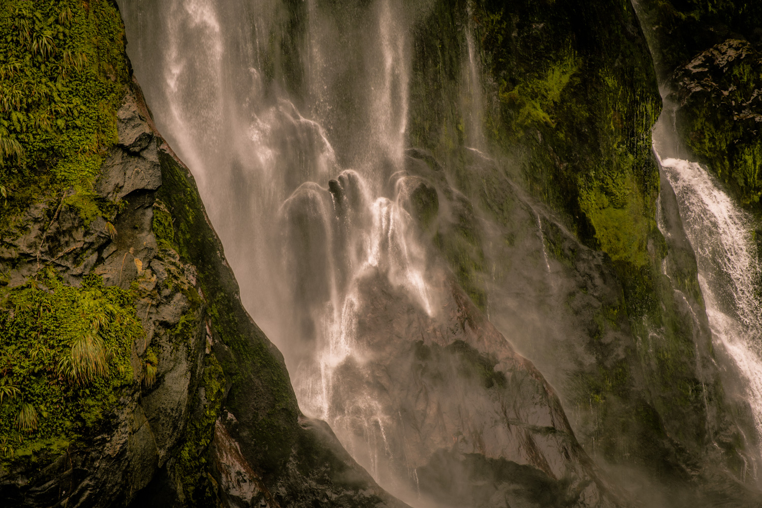 Stirling Falls - Milford sound, New Zealand