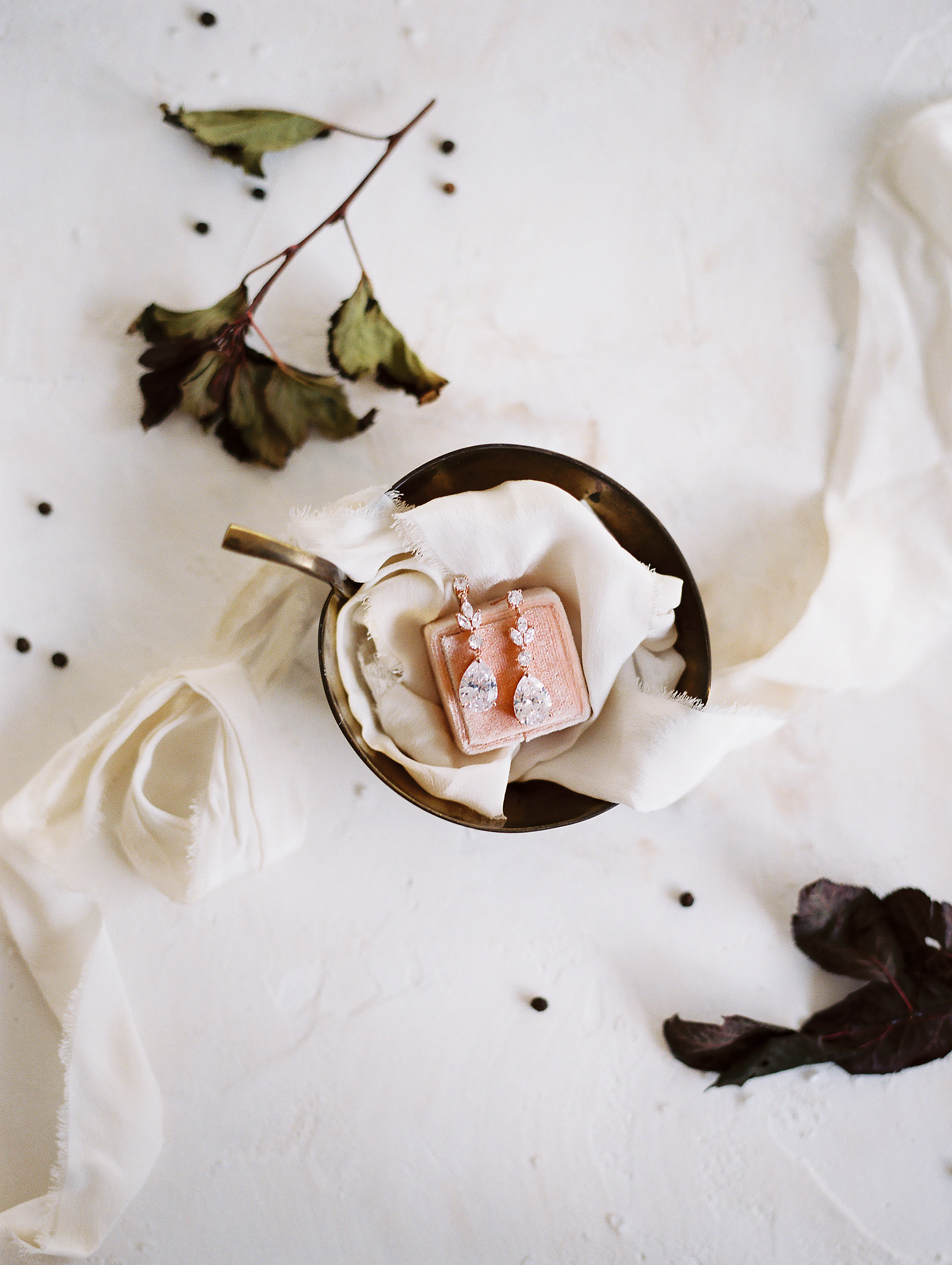 WHEN-SHE-KNEW-PHOTOGRAPHY-STYLED-WEDDING-EDITORIAL-OREGON-127.jpg