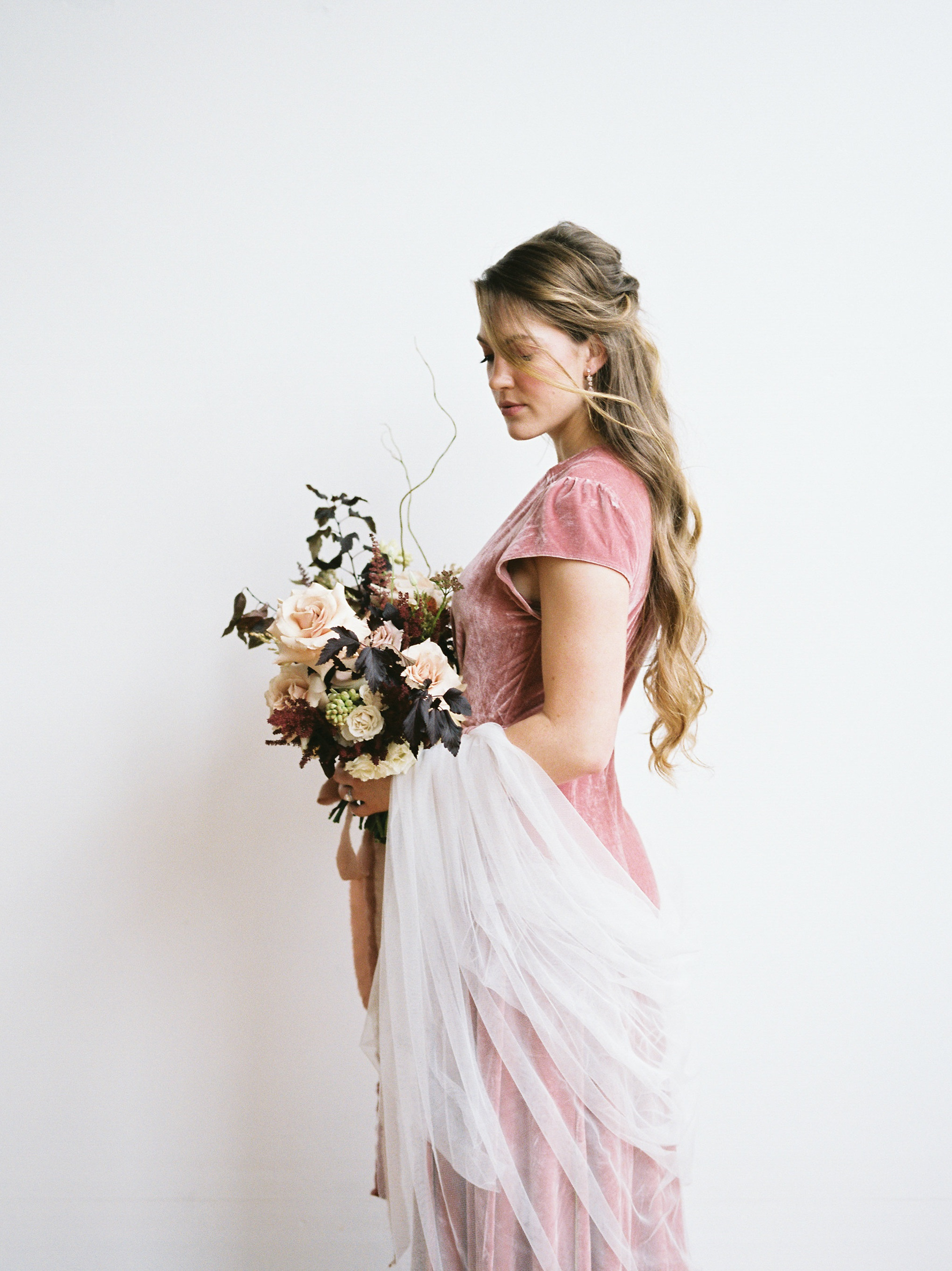 ROSE GOLD & COPPER - STYLED SHOOT