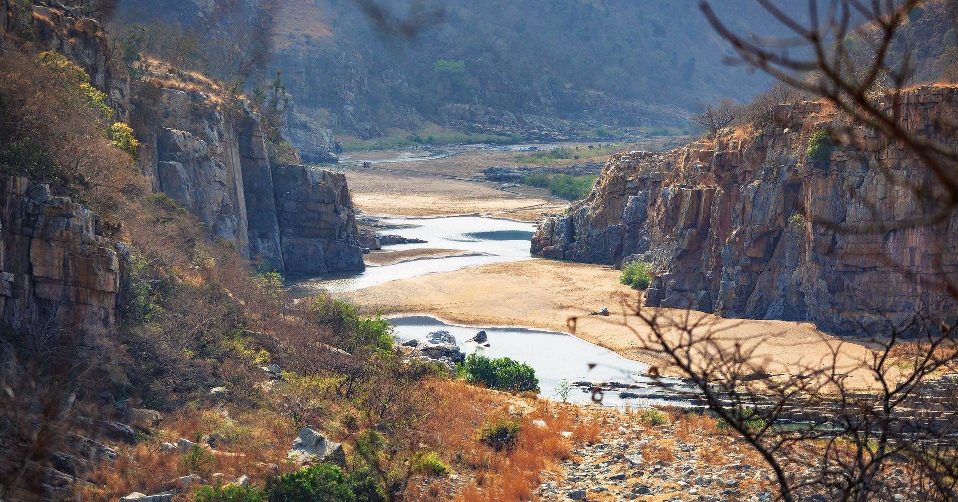The eastern section of the White Umfolozi Gorge