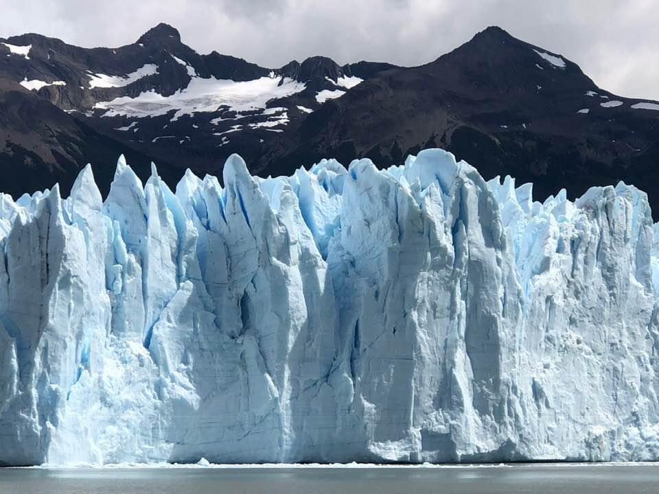 glacier argentina.jpg