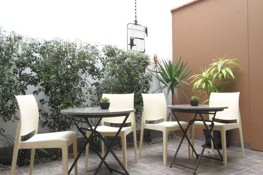 Barranco Bed and Breakfast Patio