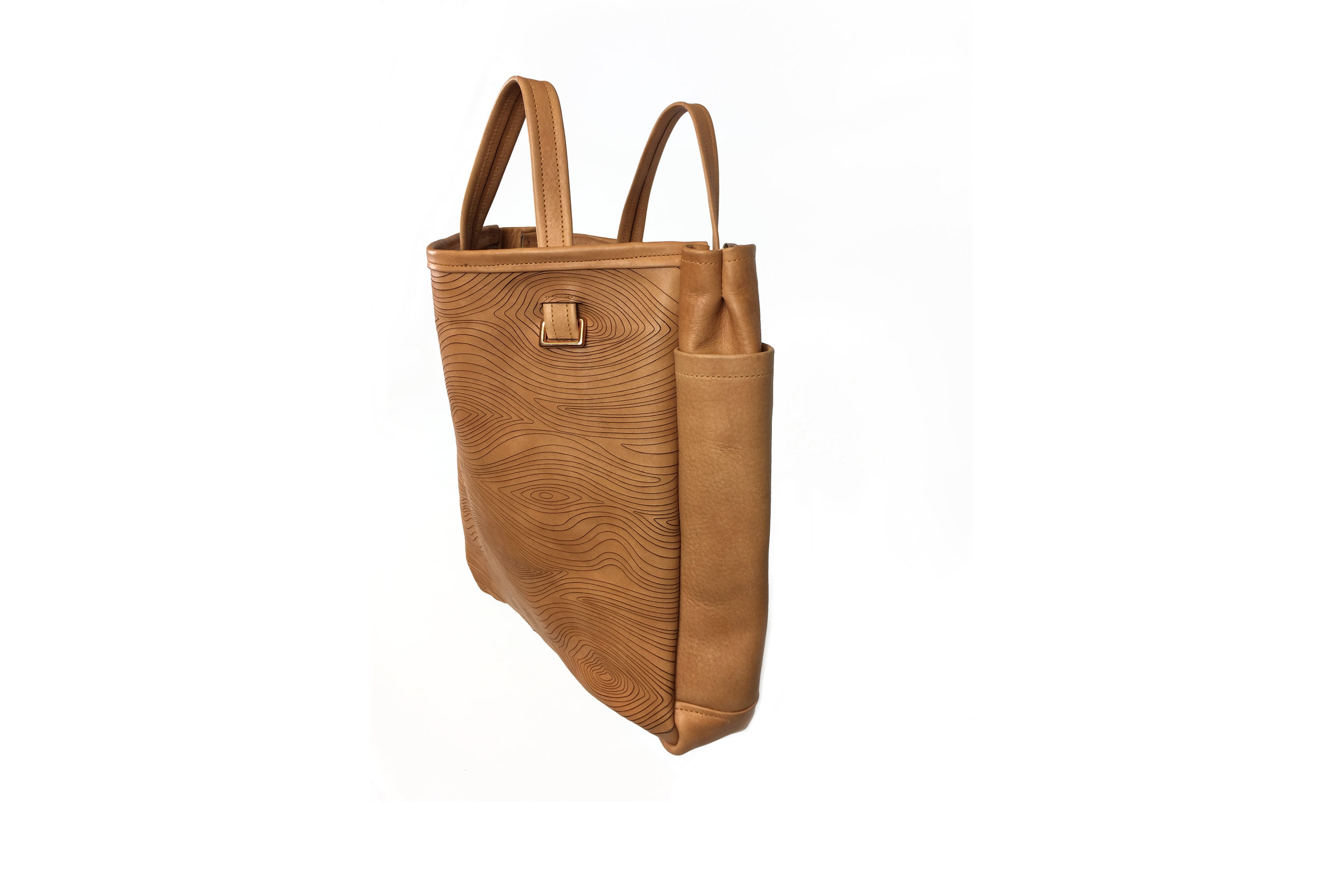 Andersone_Purse_wood_other-side.jpg