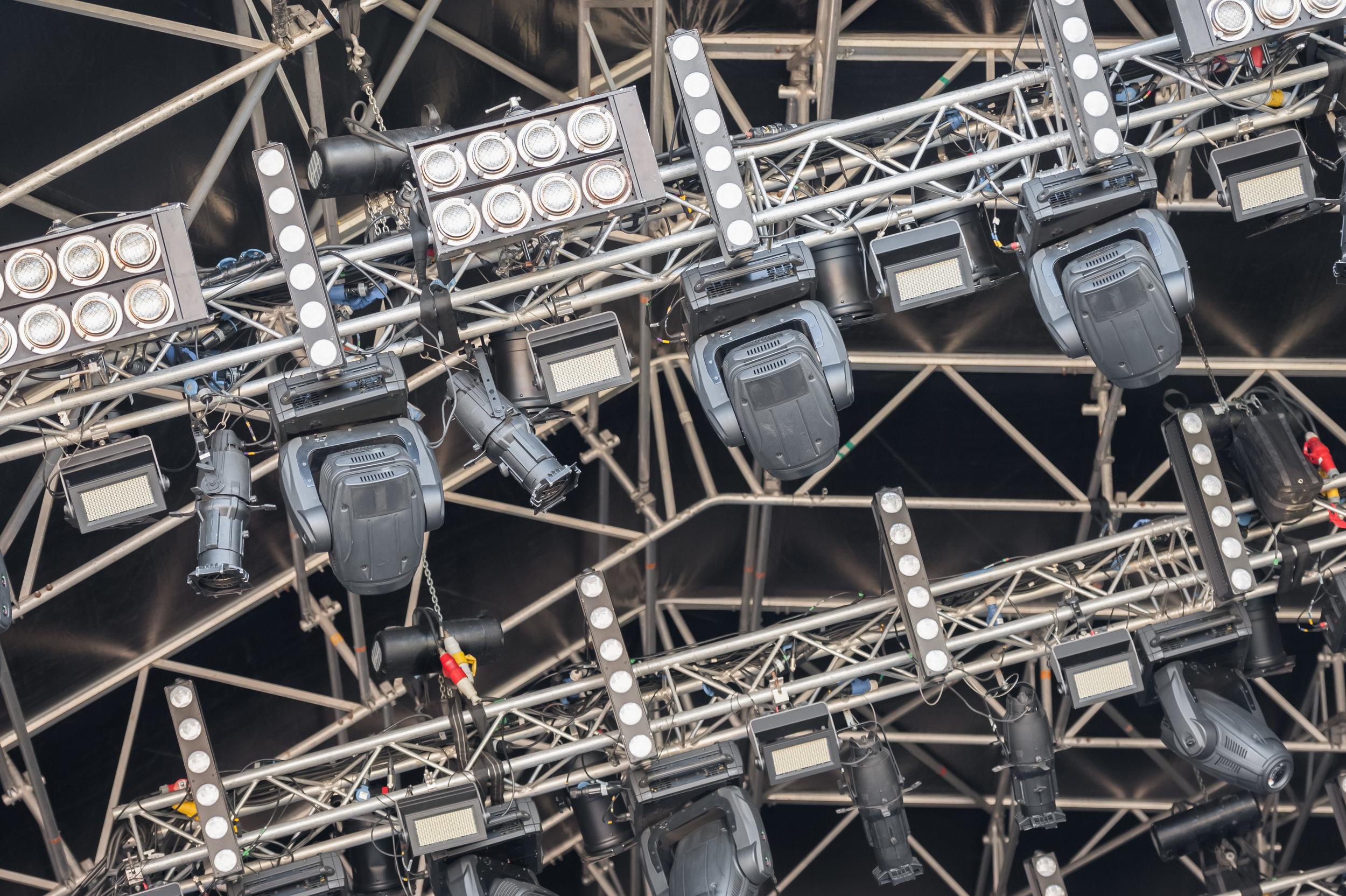 festival-lighting-rig-PRZRMWX.jpg