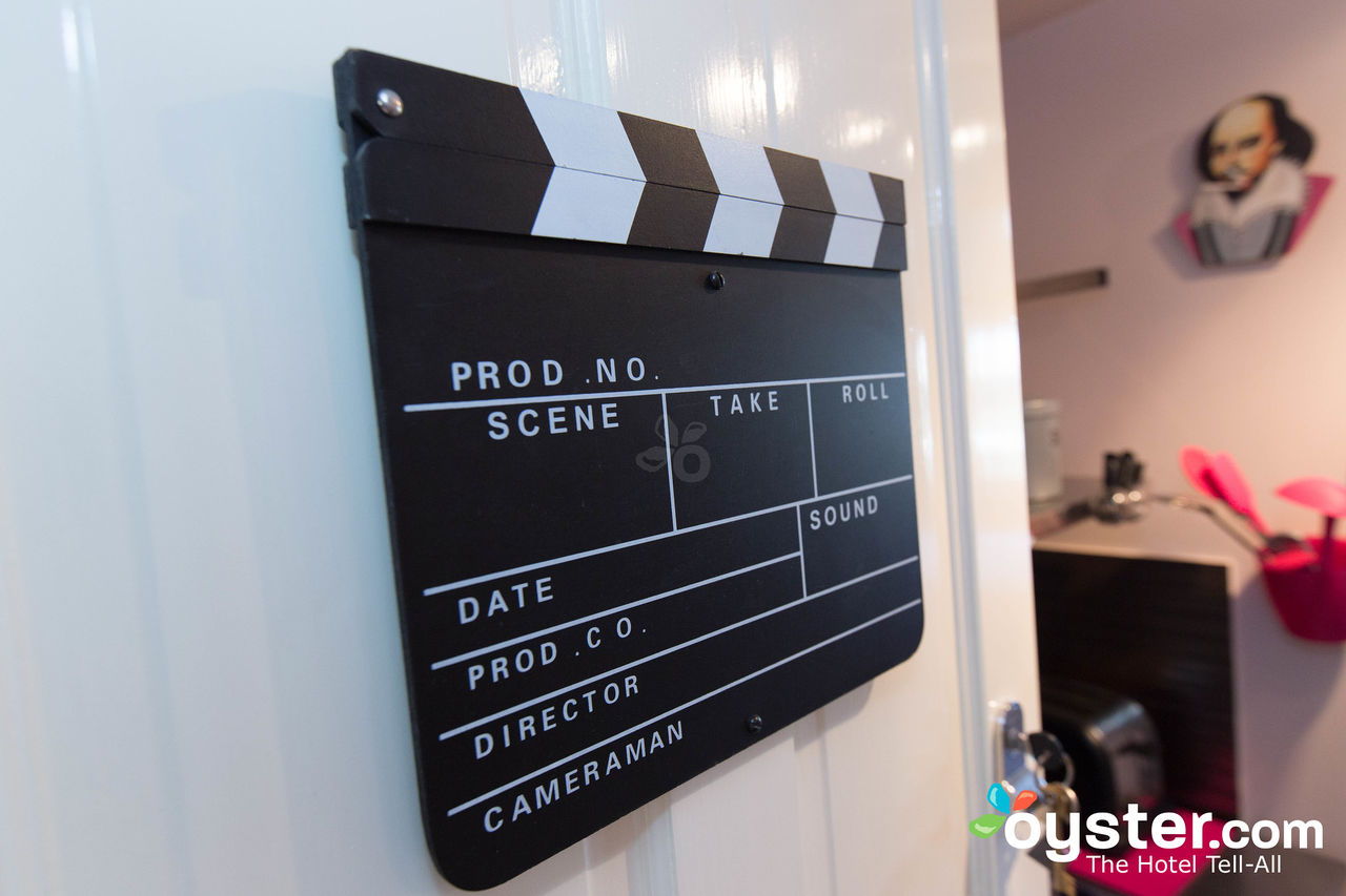 Film-Studio-001.jpg